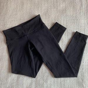 Lululemon Black Low Rise Leggings / Tights - Size 4
